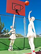 Tennis bitches, pt.3