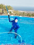 Swiming in latex, pic 1