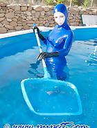 Swiming in latex, pic 2