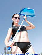 Clean a swimming-pool, pic 4