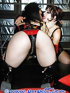 Kinky fun in munich's kittycatclub, pic 2