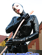 A warm summer evening in rubber, pt.1, pic 10
