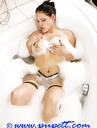 A hot bath, pic 11